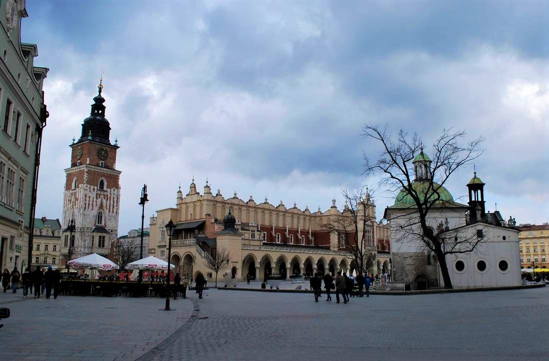 halle-aux-draps-cracovie
