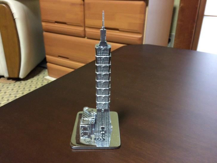 台北101のメタル模型