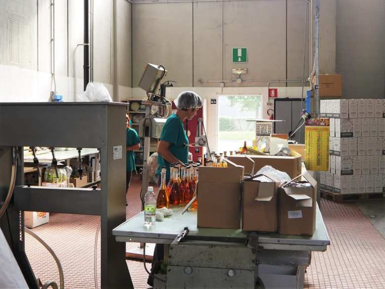 bottling-and-labels