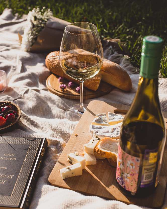 wine and cheese picnic set up
