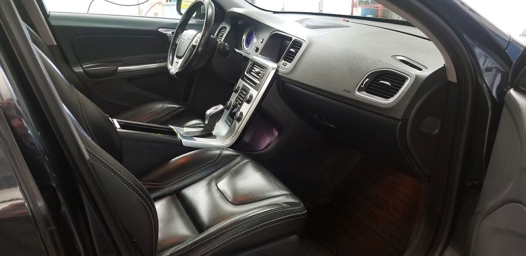 Interior car detailing Woodbury, MN.