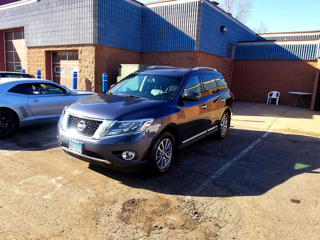 Nissan auto detailing Woodbury, MN.