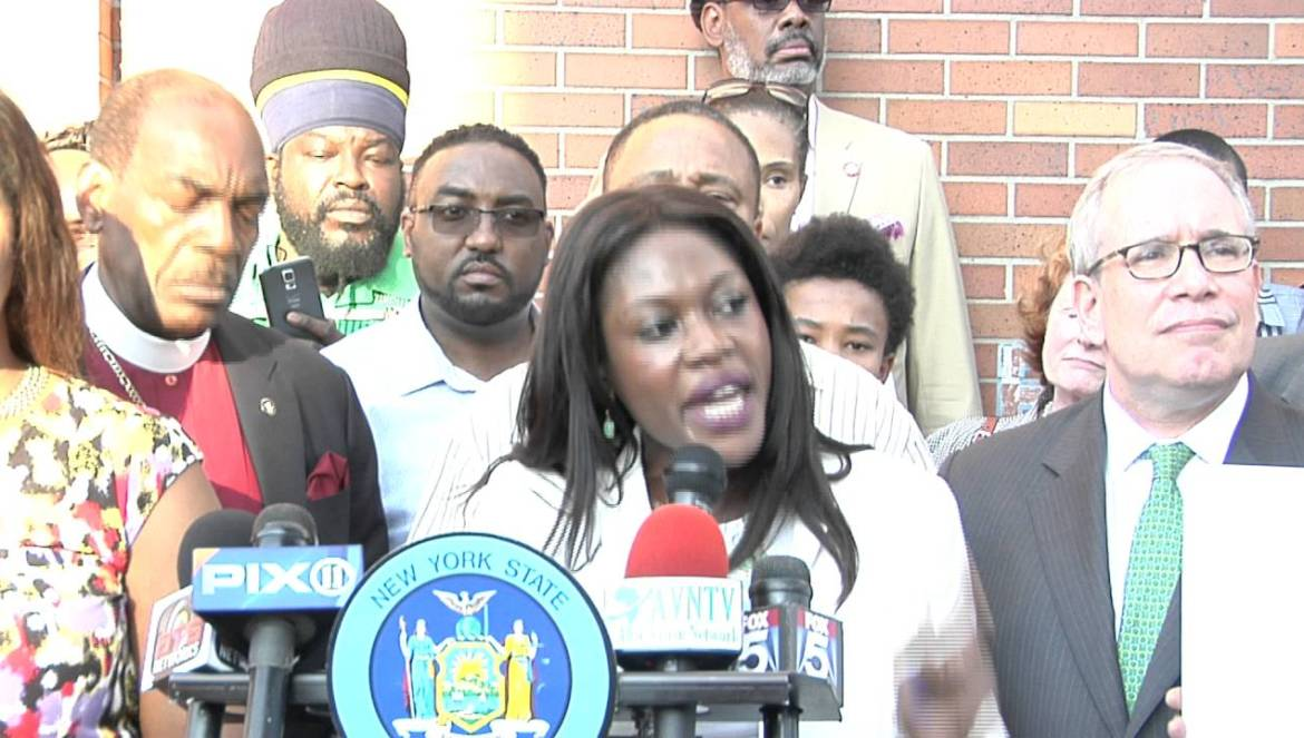 Protest at NYPD 77 Pct For all Police Shooting 7 12 16