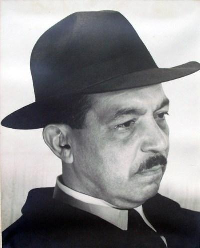 Grete Stern (1942), Pedro Henríquez Ureña, Gelatin silver print.