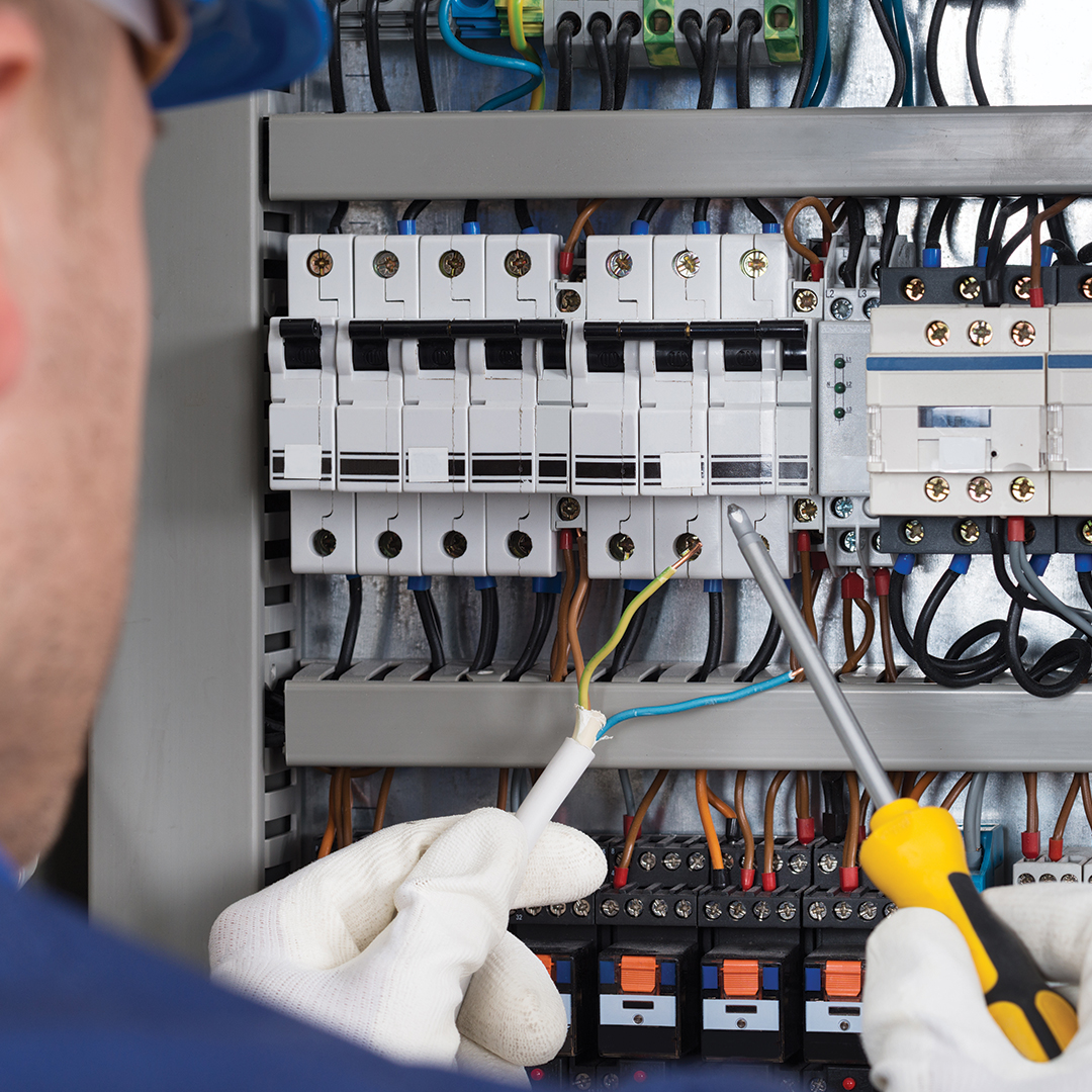 hight resolution of how to safely reset circuit breakers and fix blown fuses
