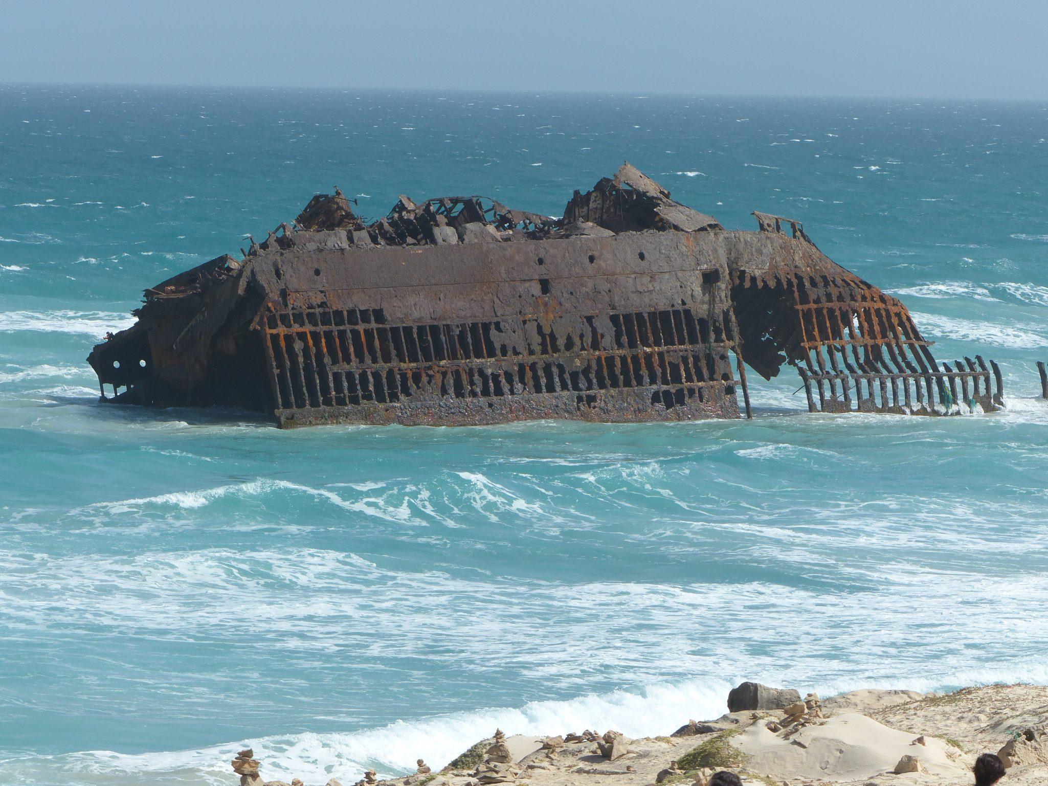 Schifffswrack vor der Küste Boha Vista