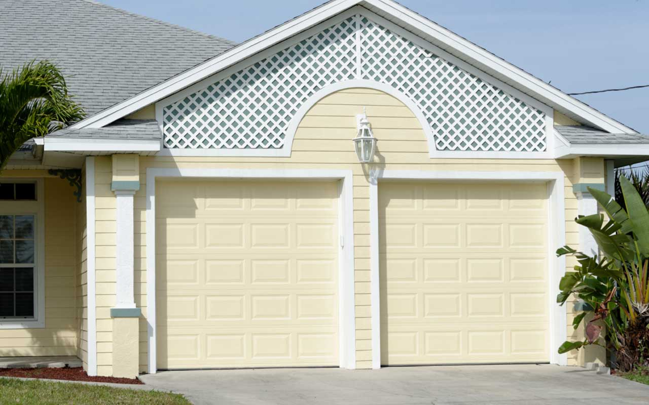 Lifestyle Garage Door Screen Reviews Haas 2500 Series, A Quality Garage Door At An Affordable
