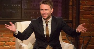 Chris Hardwick steps up to the pulpit to host after-show 'Talking Preacher'