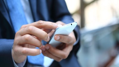 Can Lawyers Send Text Messages to Prospective Clients?