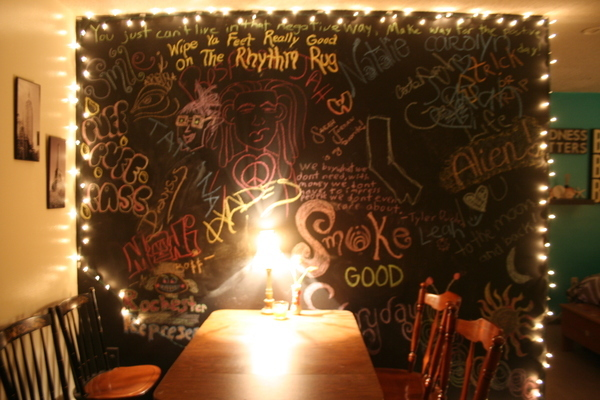chalkboard wall apartment