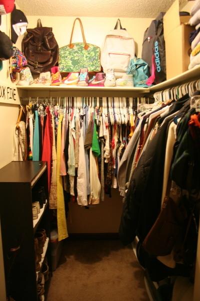 closet apartment