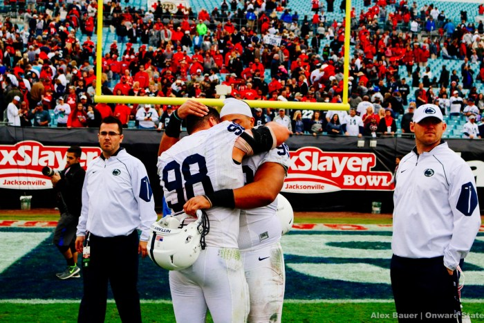 Anthony Zettel Football Taxslayer Bowl Georgia 2016