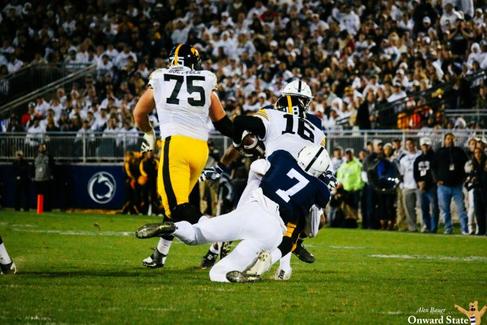 Koa Farmer defense tackle Penn State Football vs Iowa 2016