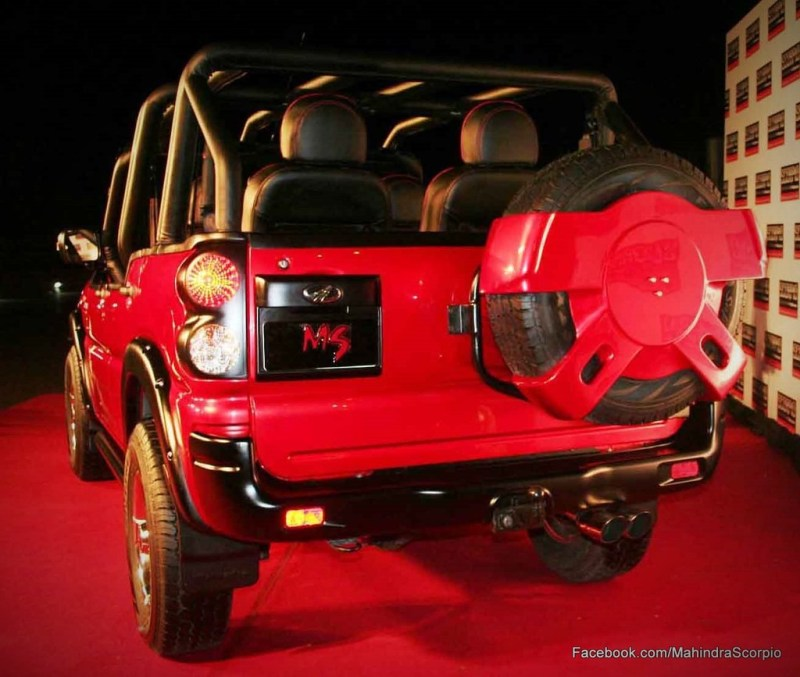 Dhonis-Vehicle-Collection-Mahindra-Scorpio-Customised-Back-OnwayMechanic