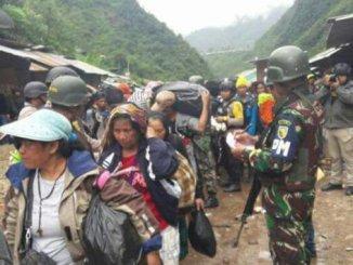 Picture Source: http://pojoksatu.id/news/berita-nasional/2017/11/19/bravo-begini-proses-pembebasan-sandera-kkb-tembagapura-papua-tni-polri/2/