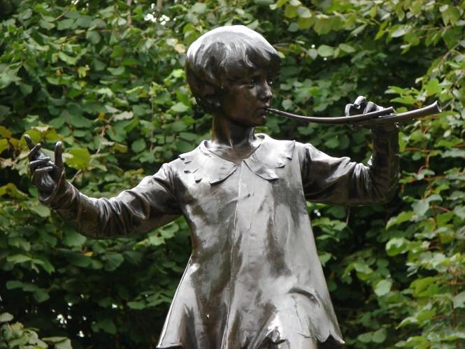 Peter Pan à Kensington Gardens Ⓒ OnYourLeft.fr