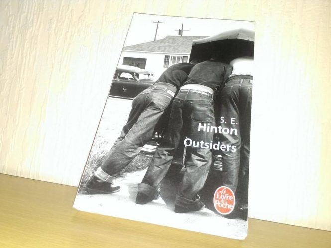 Outsiders - S.E. Hinton