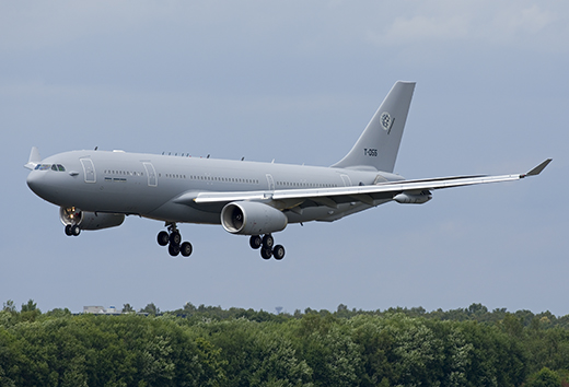 Deze afbeelding heeft een leeg alt-attribuut; de bestandsnaam is A330MRTT_T-055_65637_A3_KvdM-kopiëren.jpg