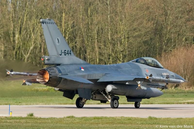 F-16 J-644