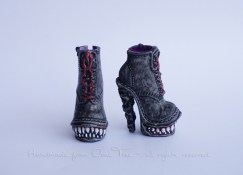 dsc06278Venus McFlytrap shoes - repainted as wolves_m