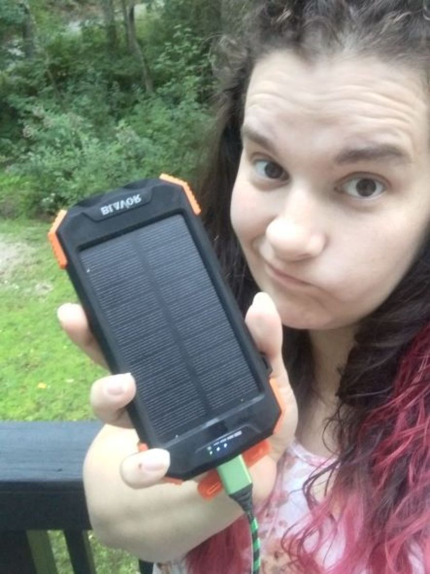 How to Properly Use a Solar Phone Charger