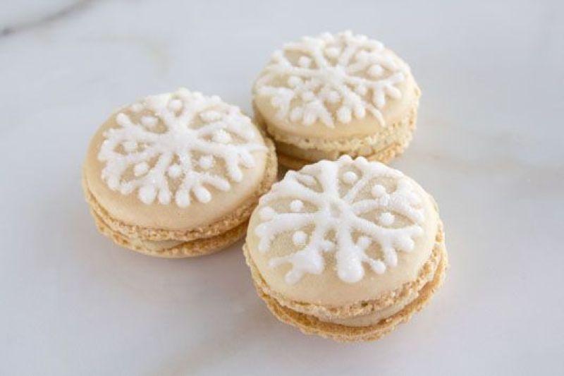 "Halva and Chocolate ""Snow"" Macarons"