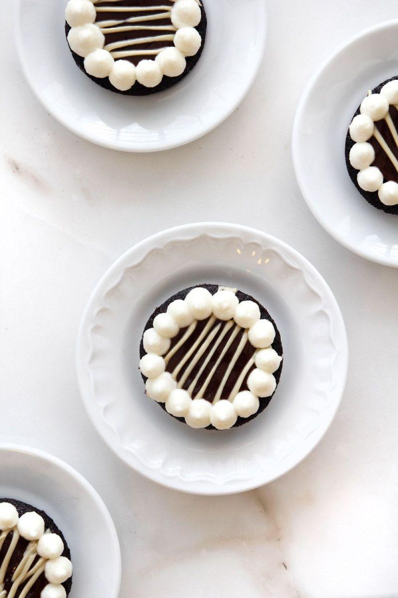 Chocolate Financiers with Coffee and Halva Cream