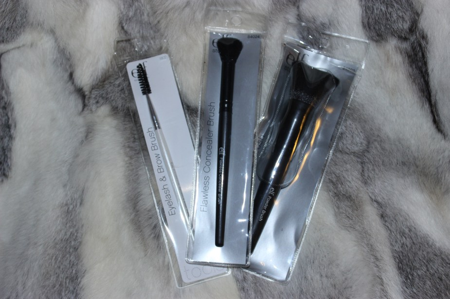 ELF-Powder-Brush-Concealer-Brush-Eyelash-Eyebrow-brush-