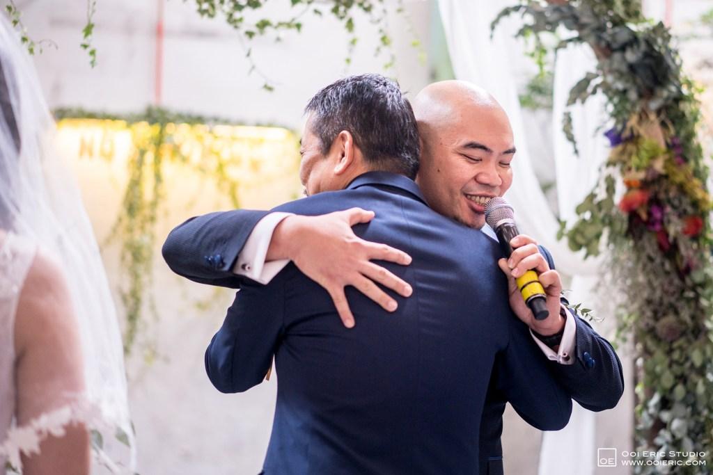 Liang-Pojoo-LiangPojooRingOnIt-Whup-Whup-Restaurant-Cafe-Couple-Portrait-Prewedding-Pre-Wedding-Ceremony-Day-Engagement-Photography-Photographer-Malaysia-Kuala-Lumpur-Ooi-Eric-Studio-18
