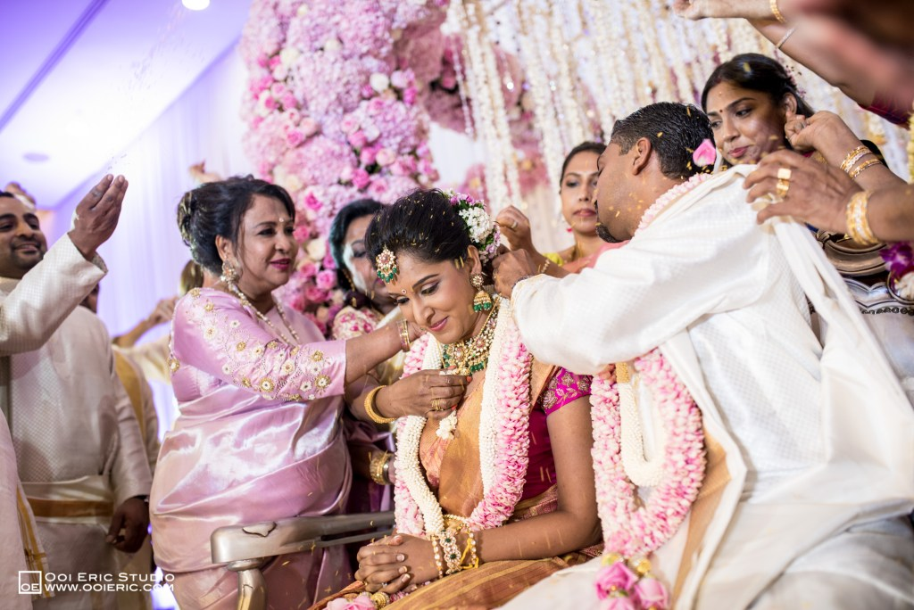 Satya-Priyya-Indian-Hindu-Wedding-Kuala-Lumpur-Malayisa-Singapore-Glasshouse-Sim-Darby-Convention-Center-St-Regis-Ceremony-ROM-Sangget-Nalangu-Ooi-Eric-Studio-44