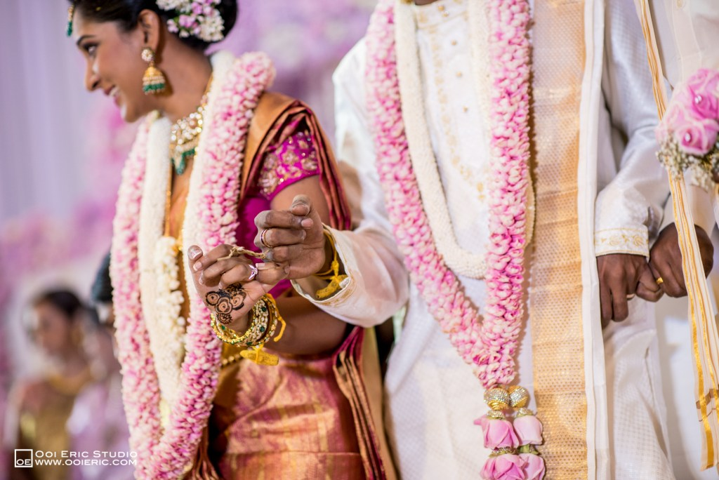 Satya-Priyya-Indian-Hindu-Wedding-Kuala-Lumpur-Malayisa-Singapore-Glasshouse-Sim-Darby-Convention-Center-St-Regis-Ceremony-ROM-Sangget-Nalangu-Ooi-Eric-Studio-45