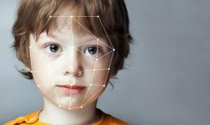 顔や体の歪みを防ぐ