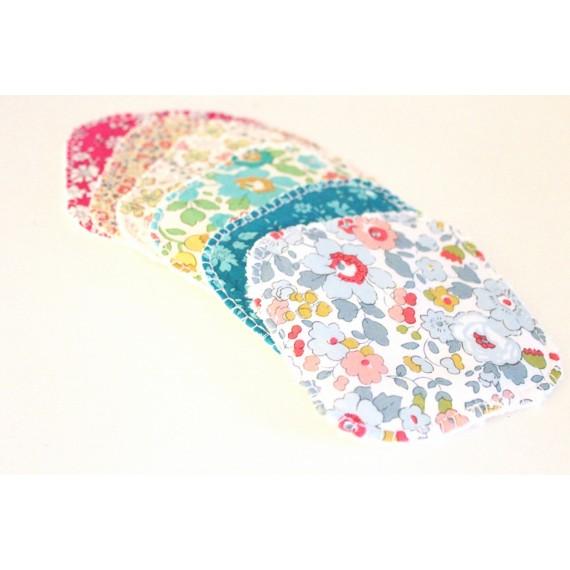 lingettes-en-liberty-coloris-et-motifs-aleatoires-x5 13.5