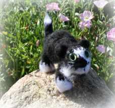 BW | Little Oombawkas | Mini Meow CAL | OombawkaDesign