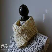 Pretty Simple Infinity Scarf