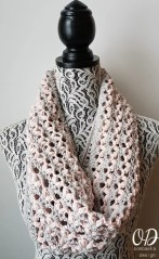 Love is in the Air Cowl Oombawka Design