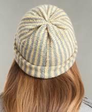 Striped Beanie - ULTIMATE Oval Loom Knitting Set - Review OombawkaDesignCrochet