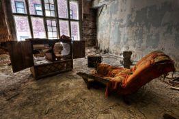 gary-abandoned-apartment