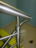 Architekt Pabianice OOO studio Architektura i Design Balustrada schodowa stal nierdzewna wypelnienie z pretow 3