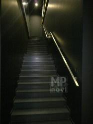Architekt Pabianice OOO studio Architektura i Design Pochwyt przyscienny stal nierdzewna profil kwadratowy 1