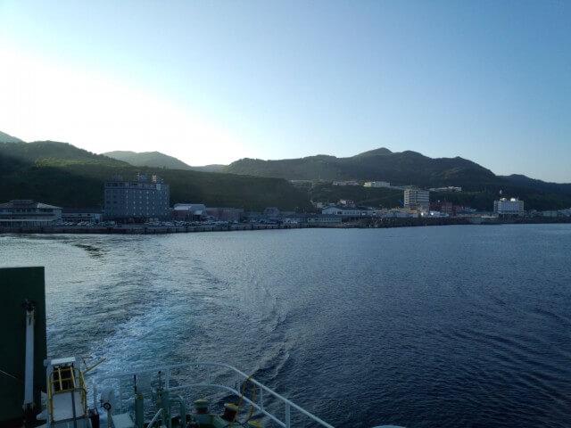 船から見た礼文島