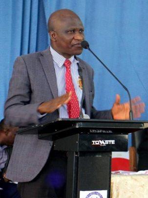 Dr.-Sefiu-O.-Oladunjoye-oou-dean