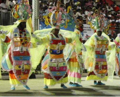 """Direcção da Cultura preocupada com """"dossier"""" dos grupos carnavalescos"""