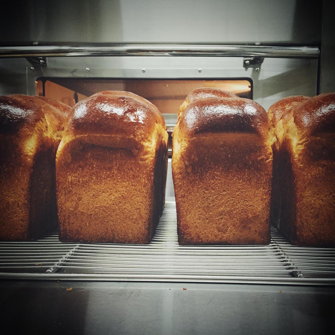 食パンの別角度 | OPAN オパン|東京 笹塚のパン屋
