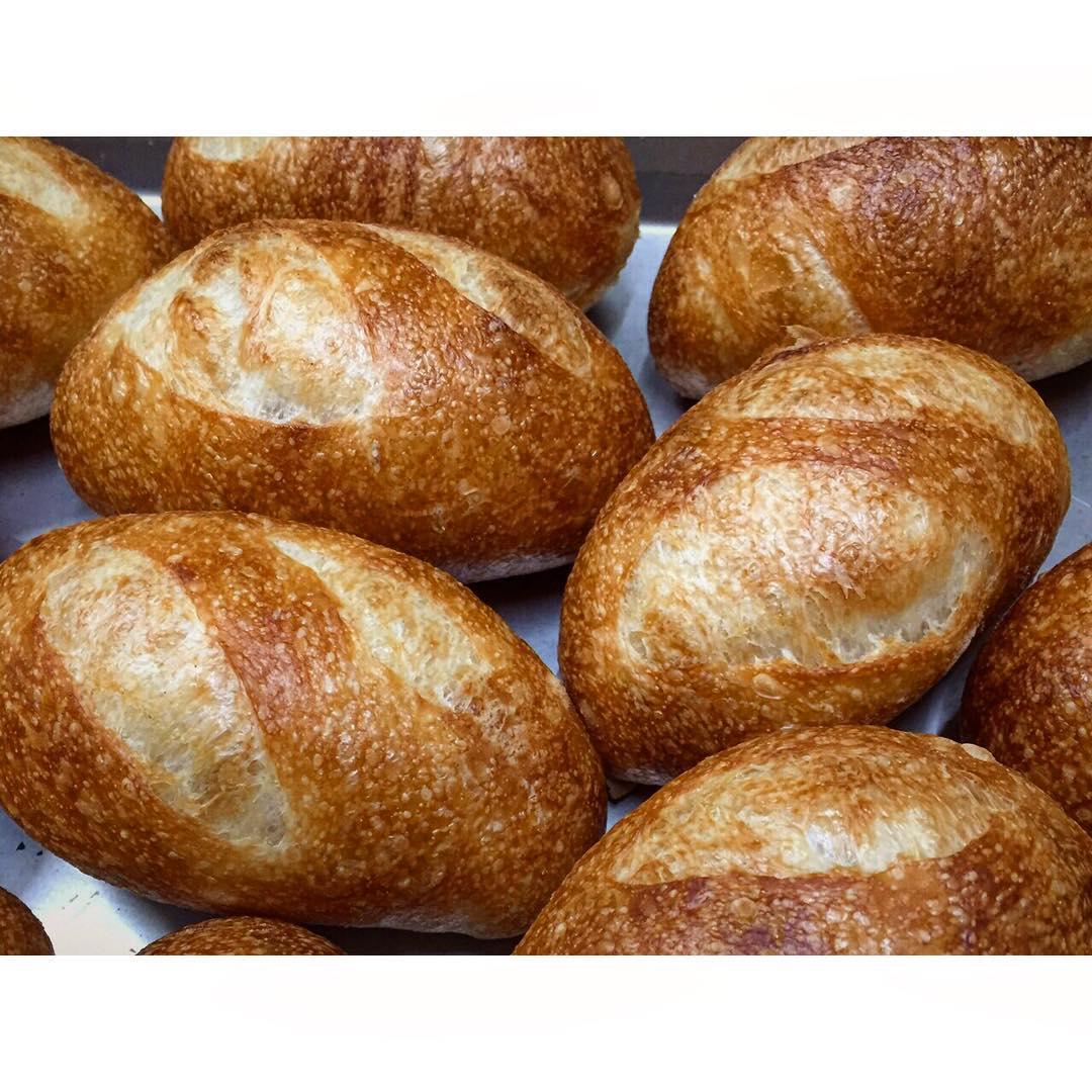 オパンのプチフランスパン   OPAN オパン 東京 笹塚のパン屋