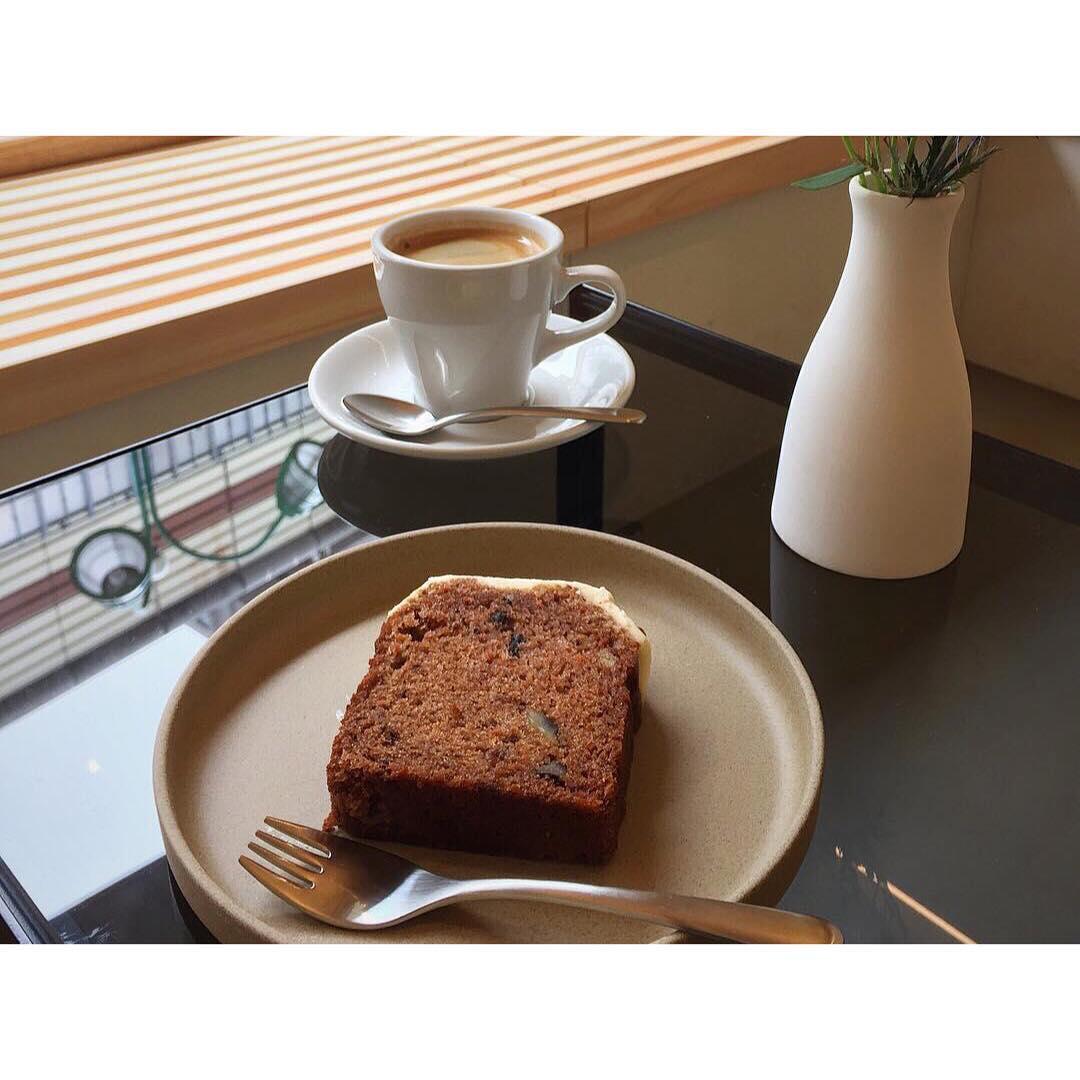 Dear All(ディアオール)さんにてオパンのキャロットケーキを置いて頂いております | OPAN オパン|東京 笹塚のパン屋
