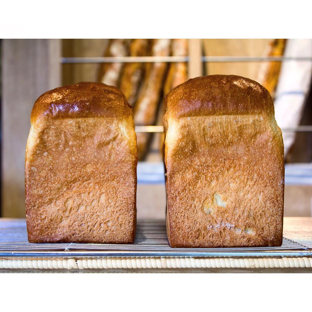 オパンの山型食パン、角型食パン(2016.10.25)   OPAN オパン 東京 笹塚のパン屋