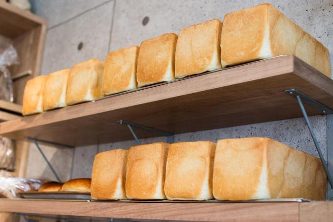 オパンの山型食パン、角型食パン(2019.03.04)