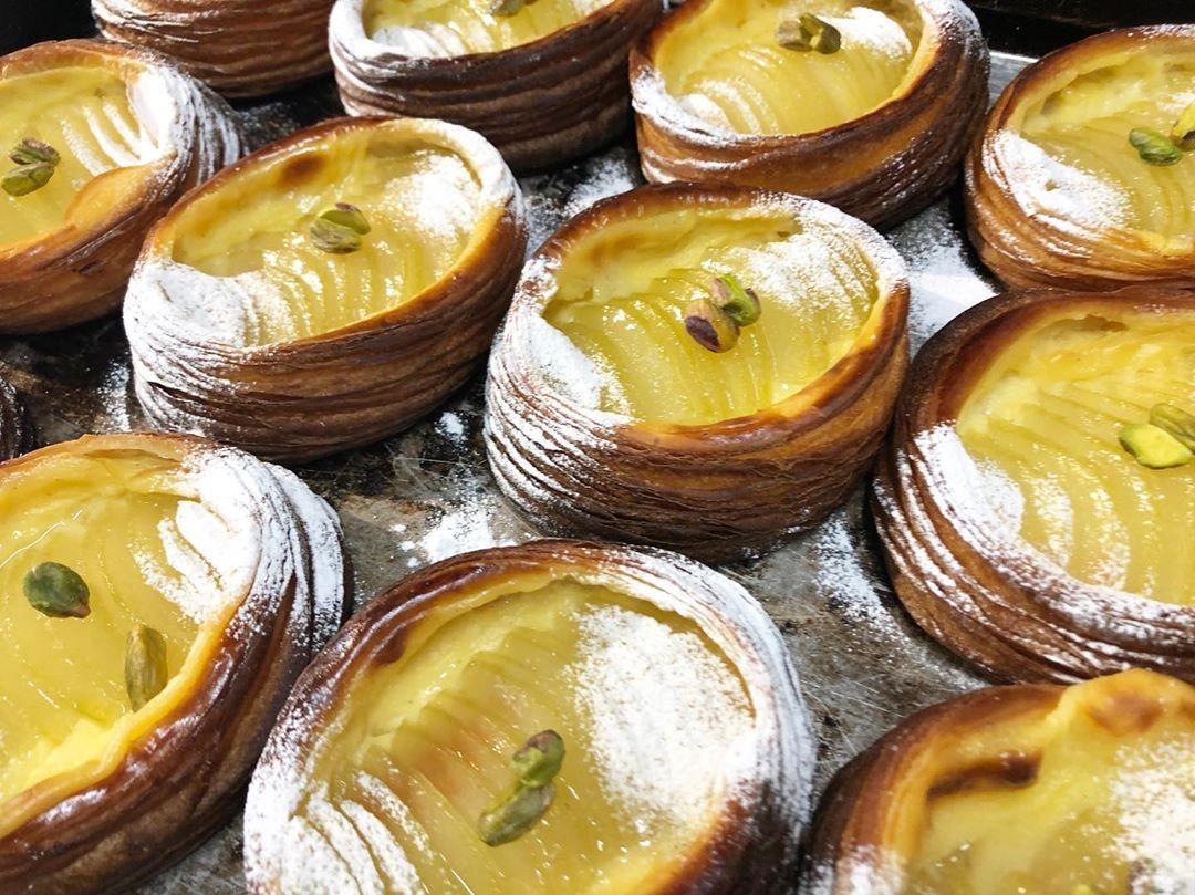 季節限定のフルーツデニッシュ「ラフランスのデニッシュ」をご用意いしております(2020.01.10)