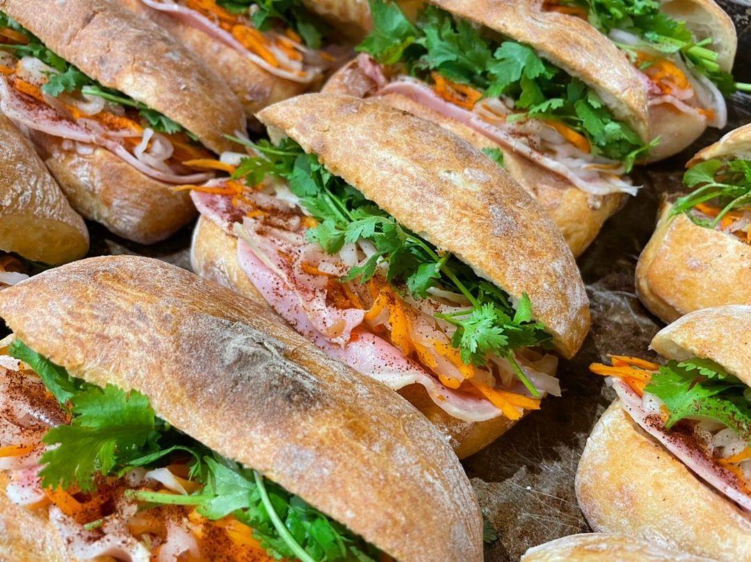 水曜日限定チャパタサンド「ポテトサラダ」と「バインミーサンド」をたくさんご用意しております(2021.09.22)
